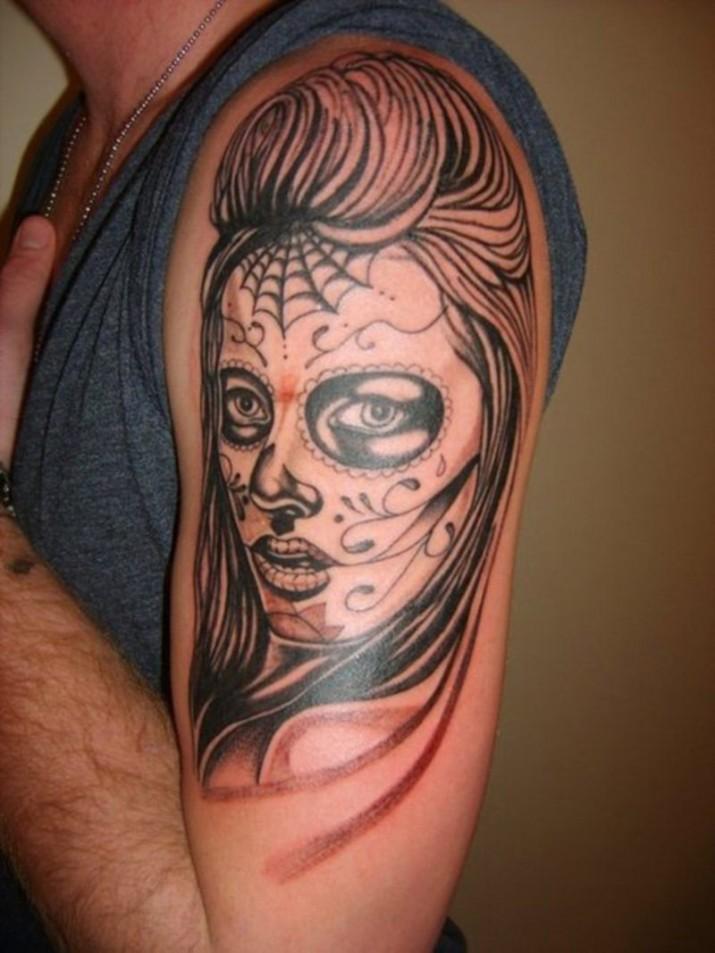 Tatouage visage femme mexicaine signification - Santa muerte tatouage signification ...