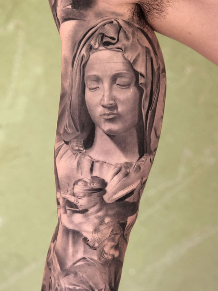 Tatouage D Une Sainte Vierge Inkage