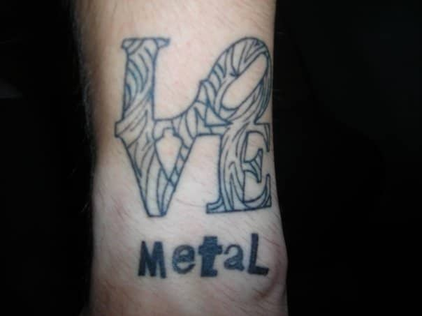 Tatouage Love Metal Inkage