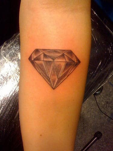 Diamant - Tatouage diamant main ...