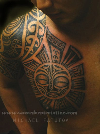 tatouage maori homme torse inkage. Black Bedroom Furniture Sets. Home Design Ideas