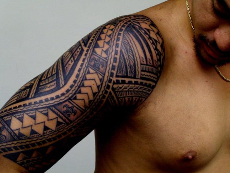 tatouage polyn sien maori haut du bras inkage. Black Bedroom Furniture Sets. Home Design Ideas