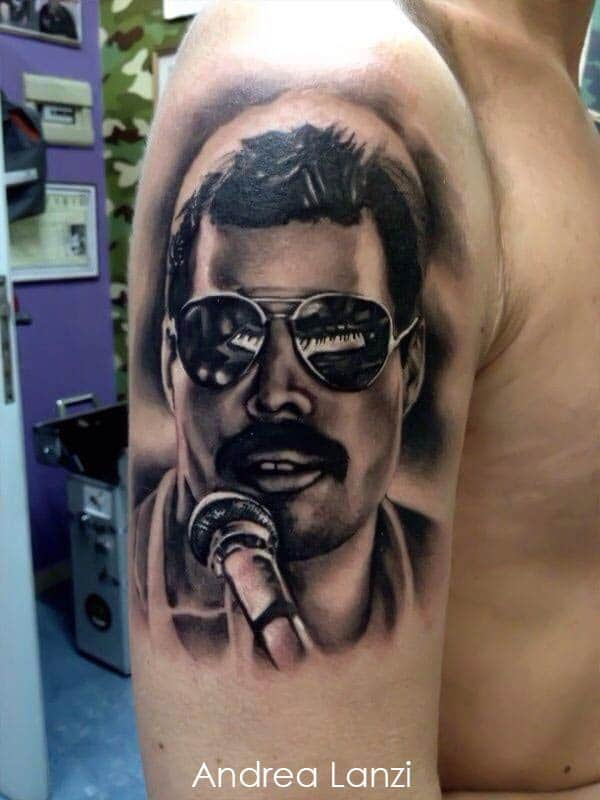 Tatouage Portrait De Freddy Mercury Chanteur De Queen Inkage
