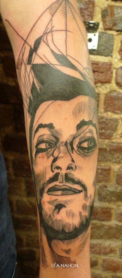 Tatouage Graphique Avec Le Portrait D Un Homme Inkage