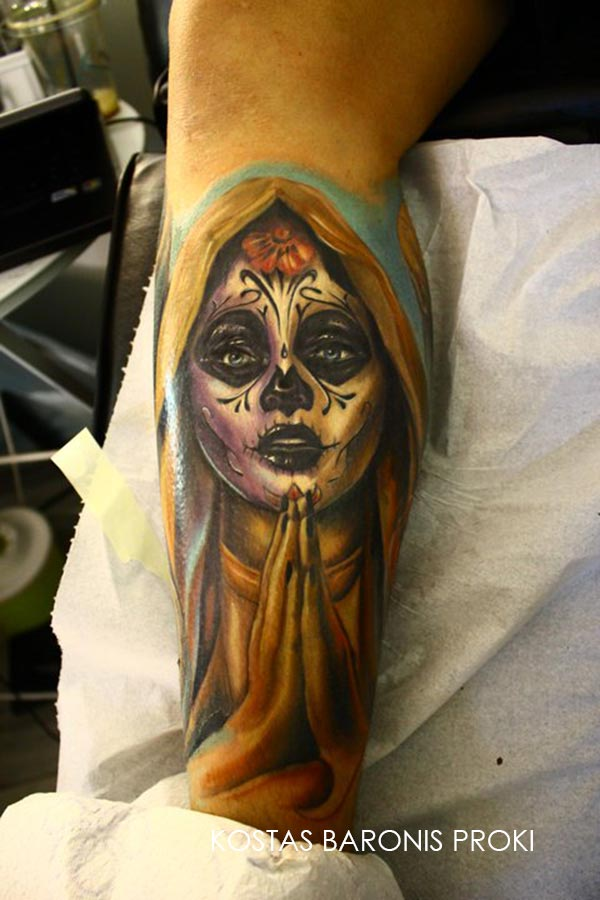 Tatouage D Une Santa Muerte En Couleur Sur Le Bras Inkage