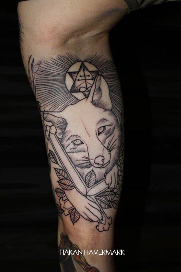 Croix Chrétienne Tatouage tatouage animal tenant une croix chrétienne – inkage