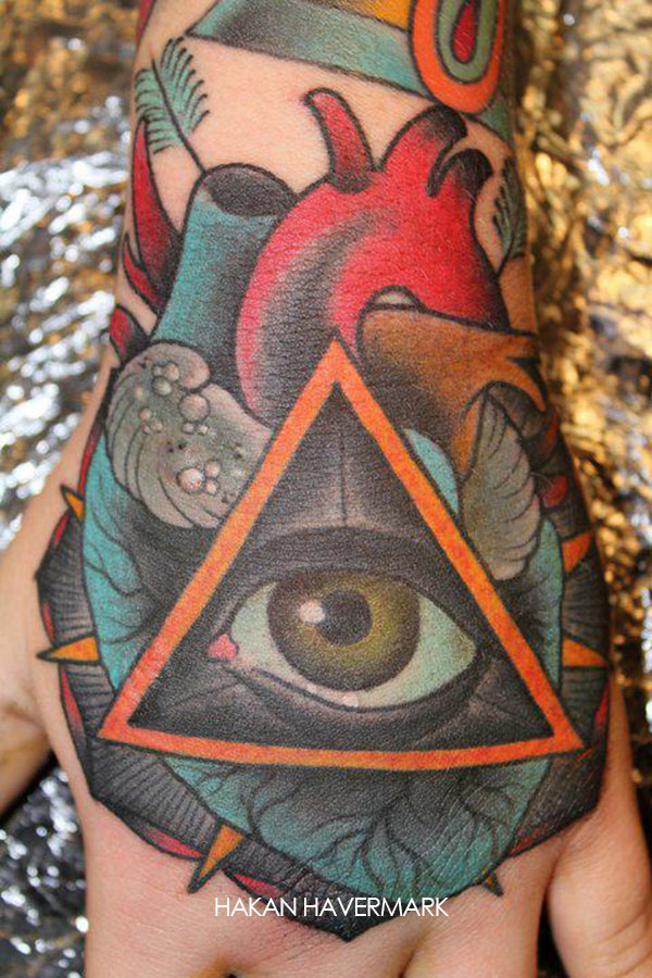 Oeil Triangle Tattoos