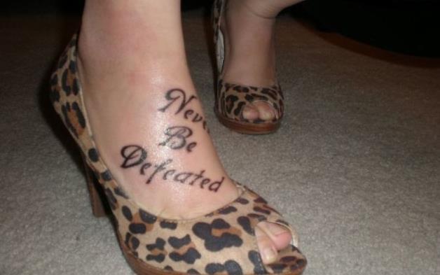Pin tatouage criture gothique modele tatouages ecriture go - Tatouage ecriture arabe ...