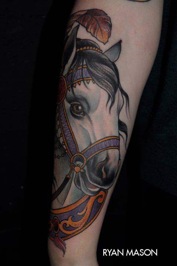 New School Horse Tattoo: Tatouage Cheval Harnais