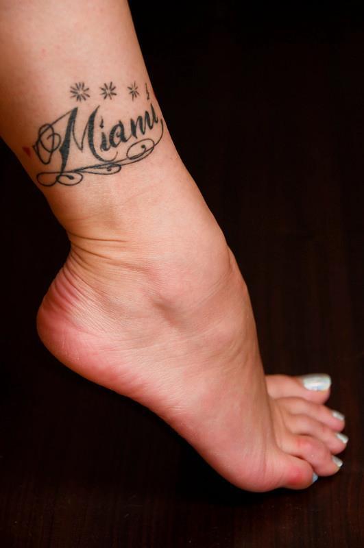 Police d 39 criture tatouage calligraphie images - Police ecriture tatouage ...