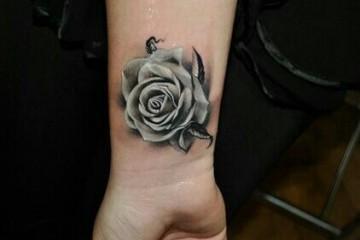 Pin tatouage rose blanche dessin p1q eu funny pics pelautscom on pinterest - Tatouage encre blanche ...