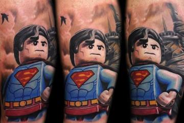 Les tatouages Lego de Max Pniewski