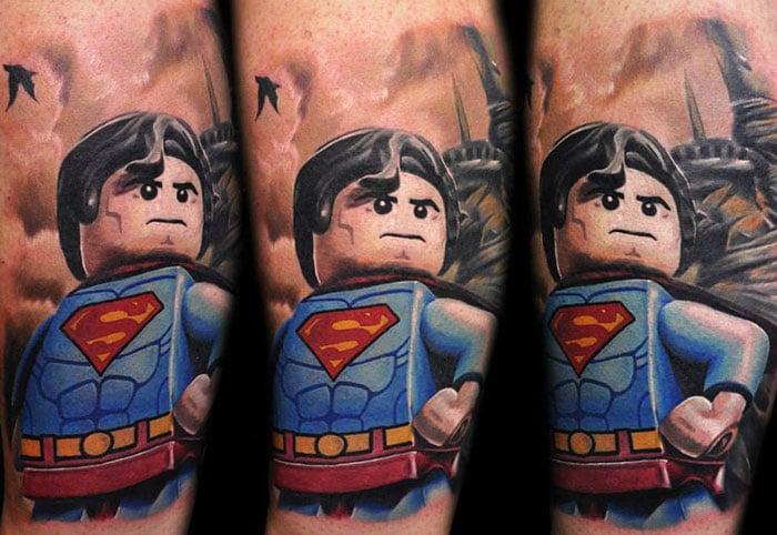 Max-Pniewski--tatouage-lego (2)
