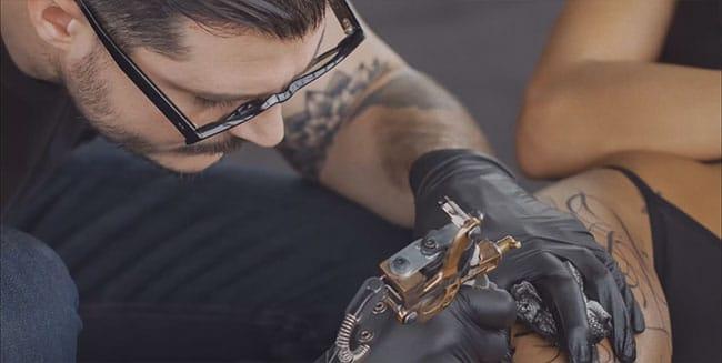 Supakitch-video-tatoueur-endorphin-(2)