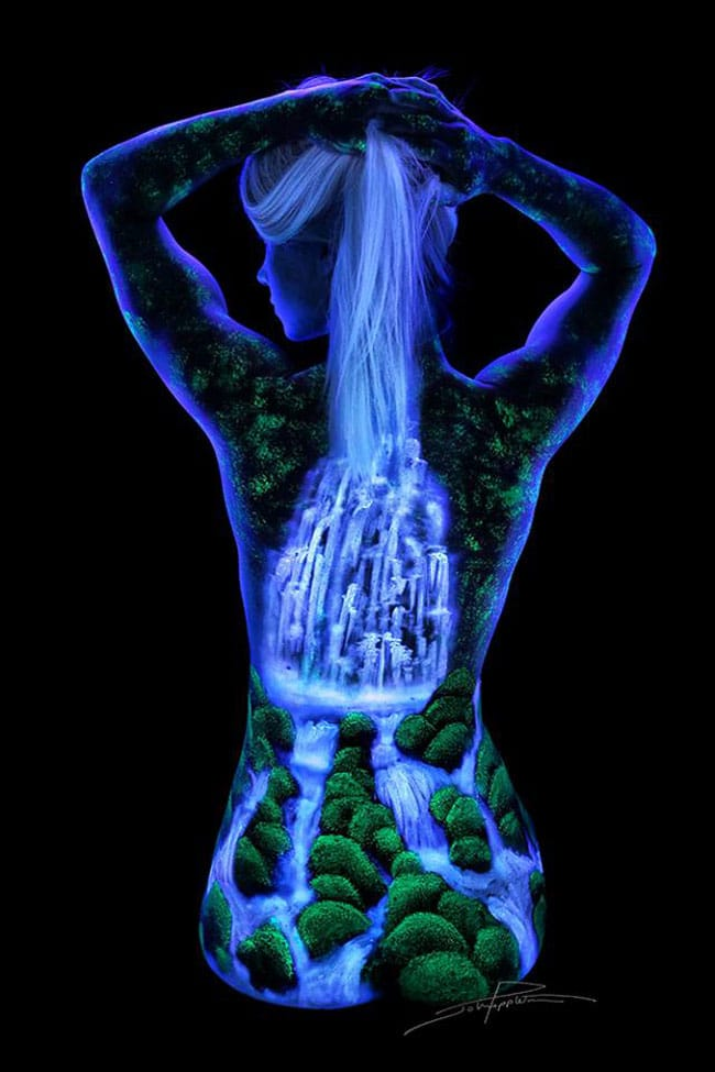 body-painting-fluorescent-(7)