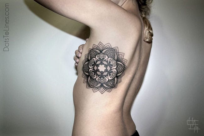 tatouage-dotwork-geometrique-Chaim-Machlev-(5)