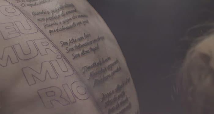 tatouage-personne-age-clip-musique (6)