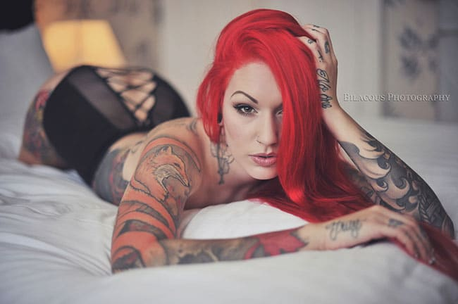 cervean-fox-femme-tattoo-tatouage-sexy-photo-modele--(15)
