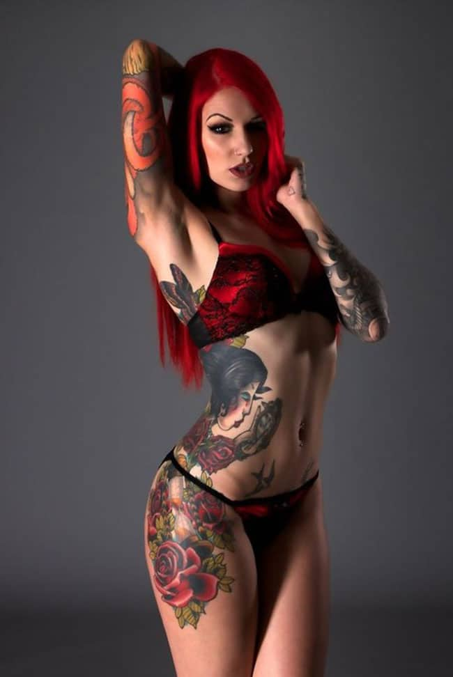 cervean-fox-femme-tattoo-tatouage-sexy-photo-modele--(16)