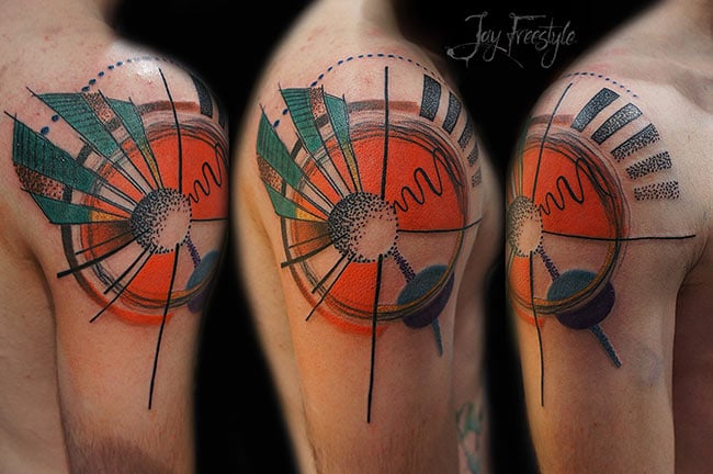 jay-freestyle-tatouage-free-hand-main-levee (5)
