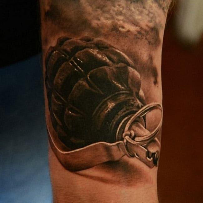 les-tatouages-realiste-de-Den-Yakovlev- (17)