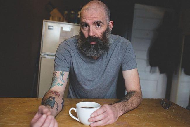 un-homme-se-fait-tatouer-les-dessins-de-son-fils- (3)
