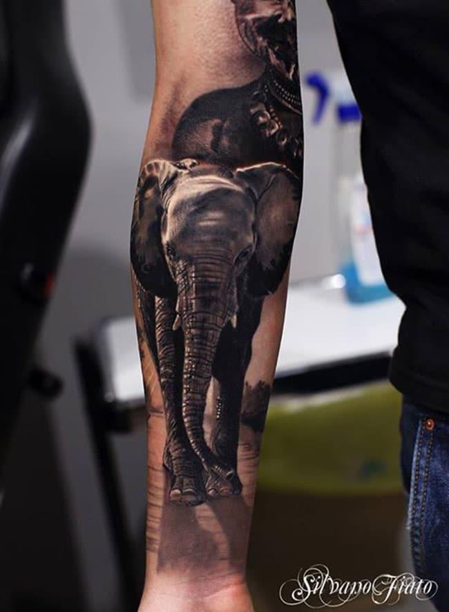 les-superbes-tatouages-noir-et-gris-de-silvano-fiato- (3)