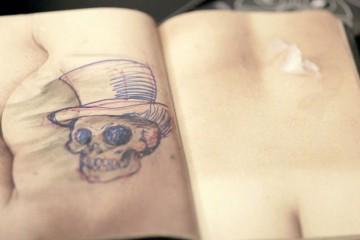 livre-de-peau-tatouage