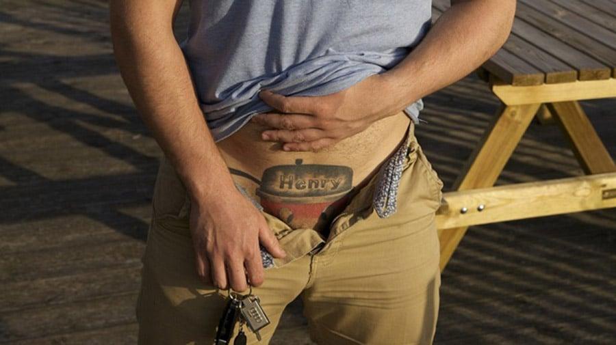 Top 30 des pires tatouages vus sur le net ! Le 1er est norme!