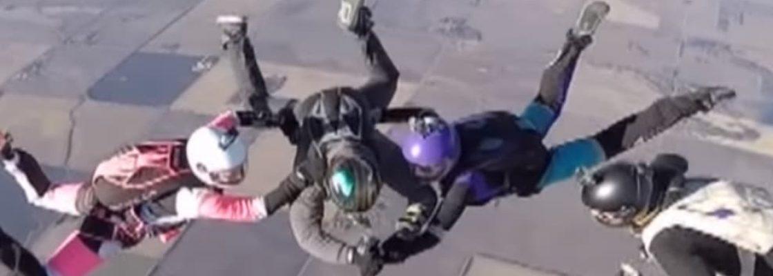 tatouage-saut-en-parachute